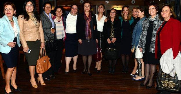 CHP'li kadın vekiller: 8 Mart tatil olsun