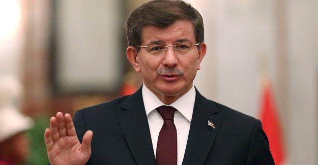 Davutoğlu: Suriye krizinin bedelini Türkiye ve AB ödüyor