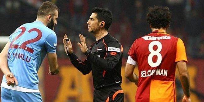 Dev karşılaşmada: 4 kırmızı kart, 3 gol