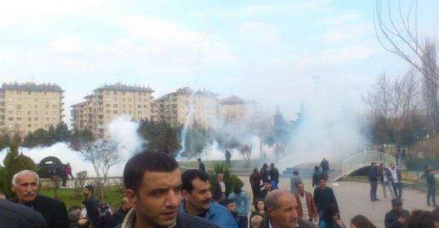 Diyarbakır'daki Sur eylemine polis saldırısı