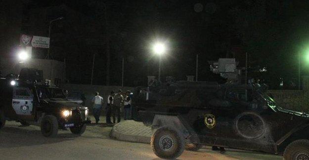 Diyarbakır il emniyet binasına saldırı
