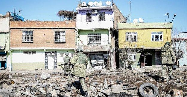 Diyarbakır Valiliği: Sur'dan çıkan olmadı