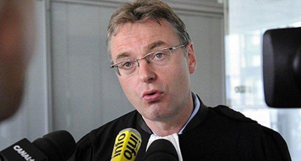 Galatasaray dünyaca ünlü avukatla anlaştı