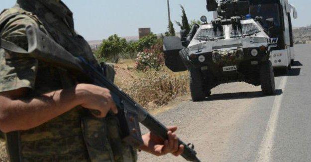 Diyarbakır ve Şırnak'ta 3 asker hayatını kaybetti