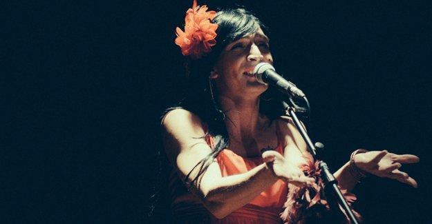 'Kadınlar, Aşklar, Şarkılar' oyununa Ege Üniversitesi'nden sansür