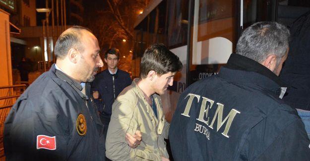 Kayseri ve Bursa'da 'paralel yapı' operasyonu