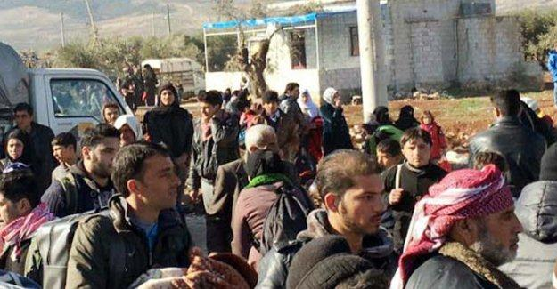 Kilis Valisi: 48 saat içerisinde 30-35 bin insan geldi