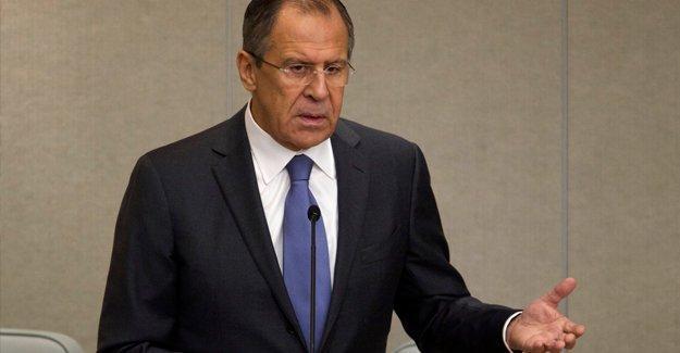 Lavrov: Türkiye IŞİD'den arındırılmış bölgeyi Kürtler birleşmesin diye istiyor