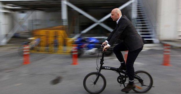 Milano'da işe bisikletle gelene para yardımı