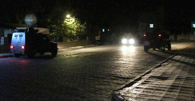 Şırnak'ta zırhlı polis aracına saldırı