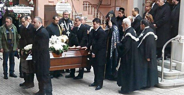 Şişli'deki evinde öldürülen Hagop Demirci son yolculuğuna uğurlandı