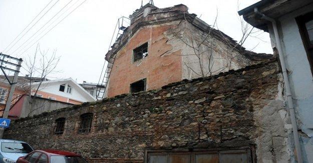 Soykırım talanında gelinen nokta: Bursa'daki Ermeni kilisesi satılığa çıkarıldı!
