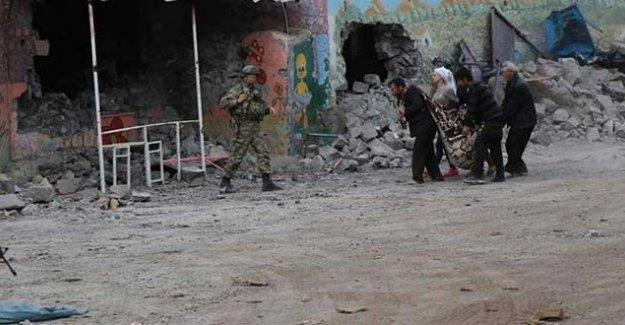 Sur'daki siviller tehdit altında: 'Ya ölüm ya tutuklanma' mı?