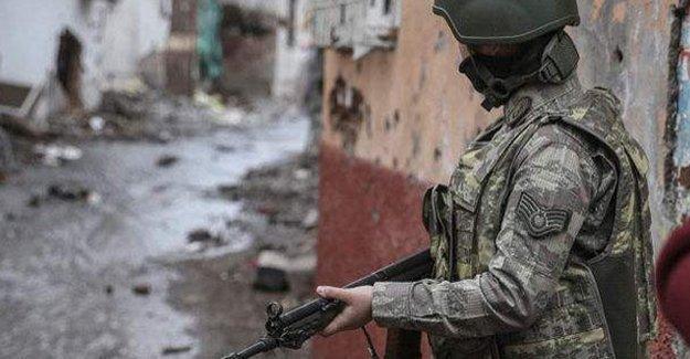 Sur'da çatışma: Bir asker yaşamını yitirdi