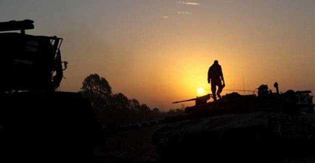 """""""Türkiye Suriyeli güçlere saldırmaya devam ediyor"""""""
