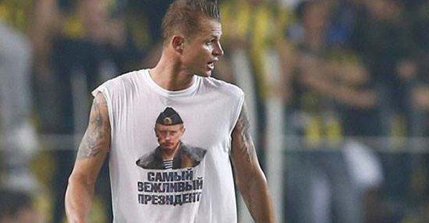 UEFA'dan  'Putin mesajlı' tişörte soruşturma