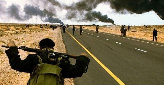 YPG Sözcüsü: IŞİD, saldırı için Rakka'ya takviye yapıyor