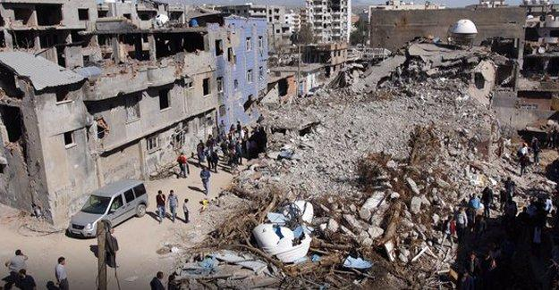 Cizre Kaymakamlığı'ndan yurttaşlara 'evleri boşaltın' talimatı