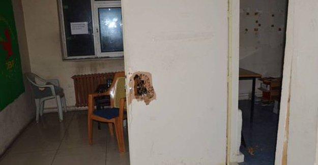 Ağrı'da DBP binasına polis baskını: En az 20 gözaltı