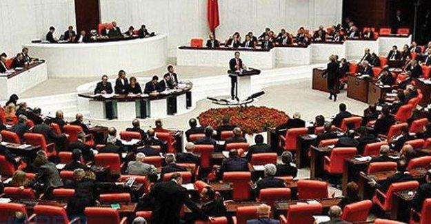 AKP'nin 'dokunulmazlık' teklifini yarın Meclis Başkanlığı'na sunması bekleniyor