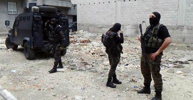 Ankara saldırısıyla ilgili 10 gözaltı