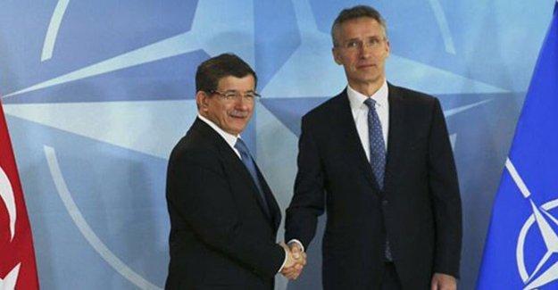 Başbakan Davutoğlu: Sınırımızda NATO varlığını görmek isteriz