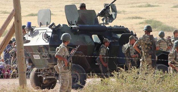 Hakkâri Çukurca'da askeri konvoya roketatarlı saldırı