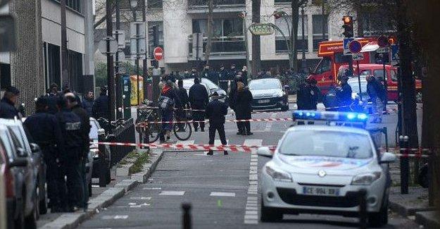 Brüksel'deki operasyonlarda 2 patlama sesi duyuldu