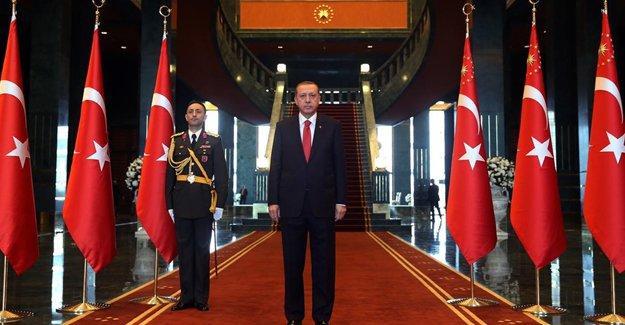 CHP AYM'ye başvuruyor: Erdoğan'ın Cumhurbaşkanlığı yapma ehliyeti yok, azledilmeli