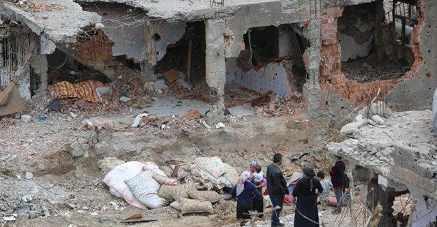 Cizre'de 'olay yeri inceleme'yi özel harekatçılar yapıyor!