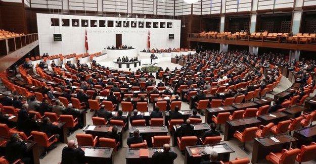Demirtaş ve Yüksekdağ'ın da aralarında olduğu HDP vekillerinin fezlekeleri Meclis'te