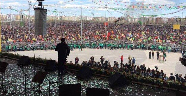 Demirtaş'tan Anadolu Ajansı'na Newroz yanıtı