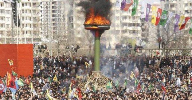 Diyarbakır Newrozu'na 'örgüt propagandası' iddiasıyla soruşturma