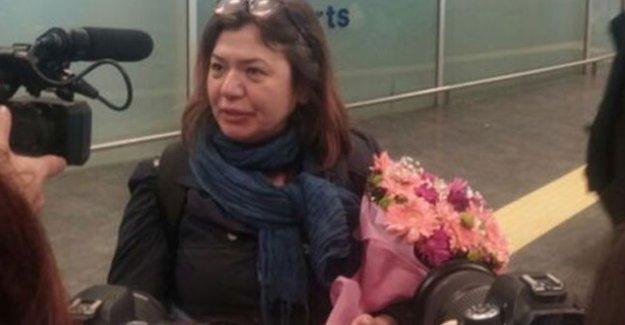 Hakkında yakalama kararı çıkartılan akademisyen Meral Camcı Türkiye'ye döndü