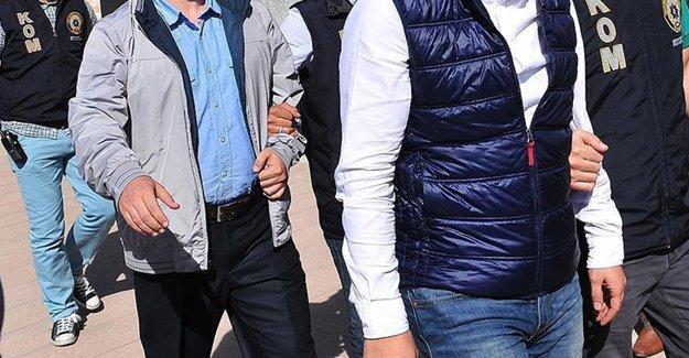 HDP İzmir İl Eş Başkanı'nda aralarında olduğu 26 kişi gözaltına alındı