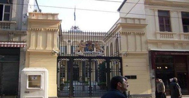 Hollanda İstanbul Konsolosluğu'nu kapattı