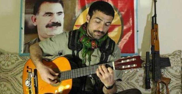 İstiklal Caddesi'nde müzisyendi, şimdi YPS'de: 'Sanatım anlamsız hale geldi'