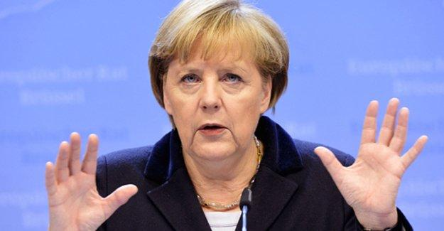 Merkel: Türkiye'nin AB üyeliği gündemde değil