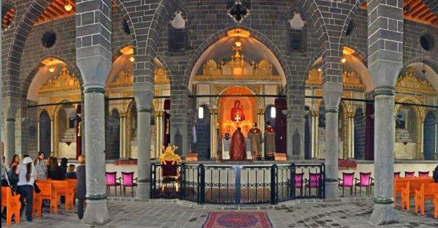 Ortadoğu'nun en büyük Ermeni kilisesi kamulaştırıldı