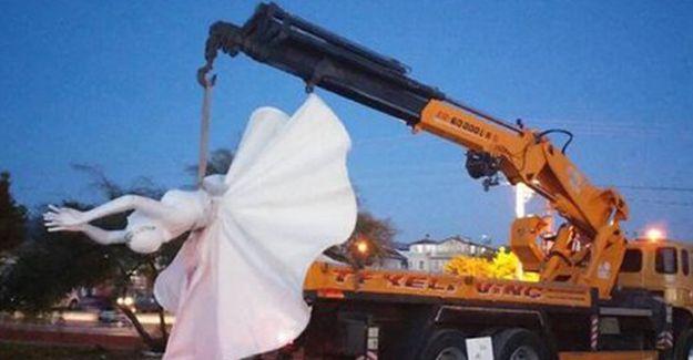 Özgecan Parkı'nda bacakları açık olan heykeller kaldırıldı