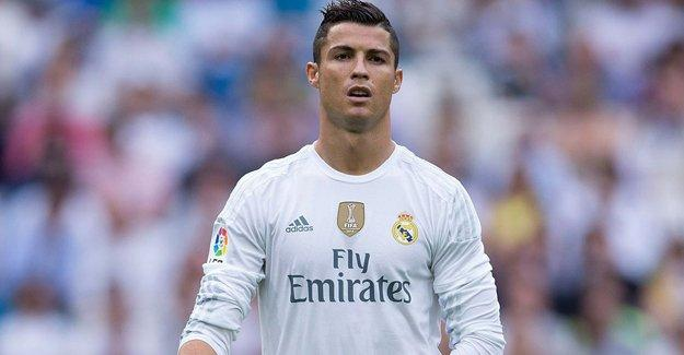Ronaldo mahalle satın alıp bağışladı