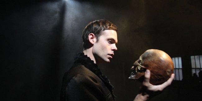Shakespeare'in kafatası mezarından çalınmış