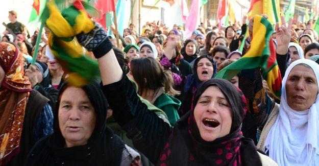 'Suriyeli Kürtler 'federal sistem' ilan edecek'