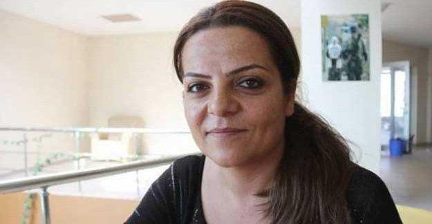 Yüksekova Halk Meclisi Eşbaşkanı Sibel Çapraz tutuklandı