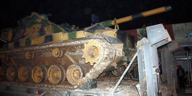Yüksekova'ya 80 tank daha giriş yaptı