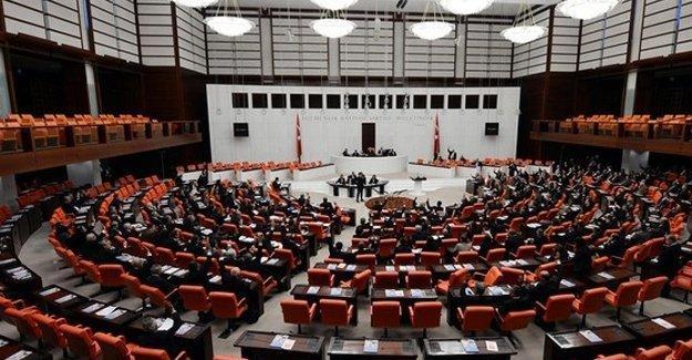 """""""Dokunulmazlıklar 16 Mayıs'ta Genel Kurul'a gelir"""""""