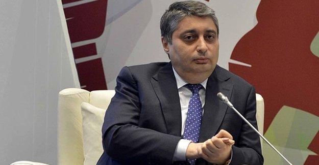 AKP yanlısı yazar: Artık AK Parti Davutoğlu ile yoluna devam edemez