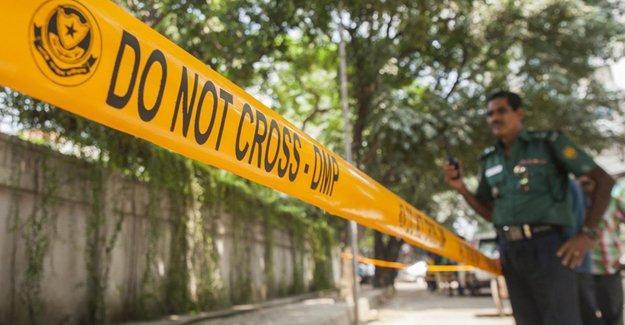 Bangladeş'te LGBTİ aktivisti öldürüldü