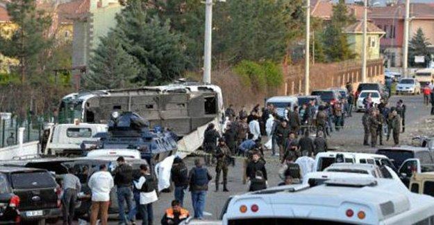 Diyarbakır saldırısıyla ilgili 4 tutuklama