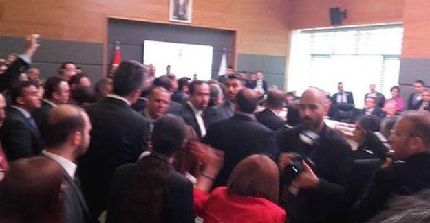 Dokunulmazlık teklifi AKP, CHP ve MHP'nin oybirliğiyle kabul edildi!